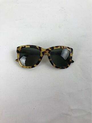 Leoparlı Güneş Gözlüğü