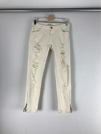 Yırtık Detaylı Kot Pantolon