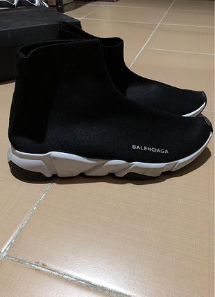 Balenciaga replika ayakkabı