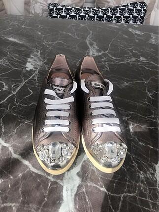 Miu Miu Ayakkabı Defolu