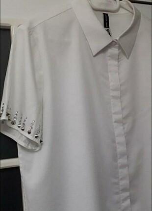 Beymen clup kolları taşlı gömlek