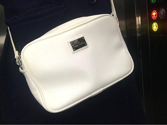 Beyaz pier cardin çanta