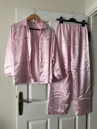 Yeni saten pijama takımı