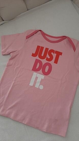2-3yaş Nike orjinal tişört