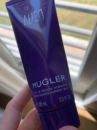 MUGLER THIERRY Alien Marka vücut sütü ve losyonu