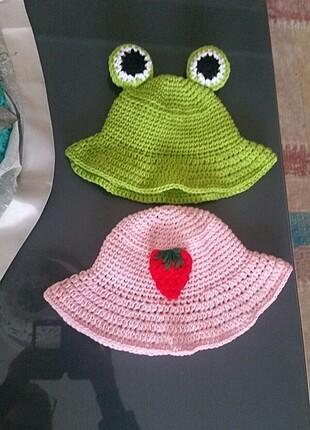 Beden Çilekli bucket şapka