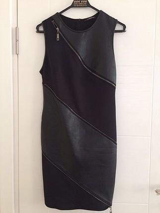 Deri ve fermuar detaylı elbise