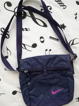 Nike çapraz çanta