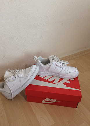 38 Beden beyaz Renk Nike spor ayakkabı beyaz