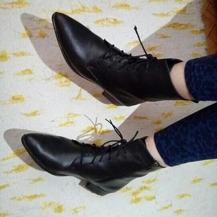 39 Beden siyah Renk bağcıklı fermuarlı çizme bot