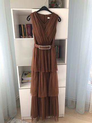 Kahverengi tül elbise