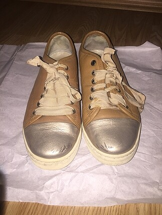 kahverengi 36 numara ayakkabı