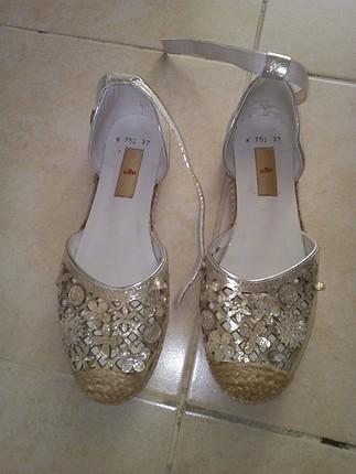 elle temiz ayakkabı