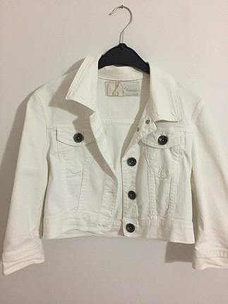 Stradivarius beyaz kot ceket