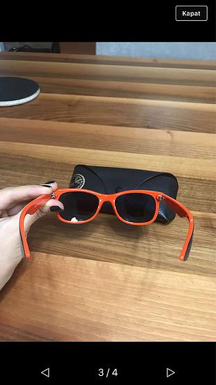 Rayban çocuk gözlüğü
