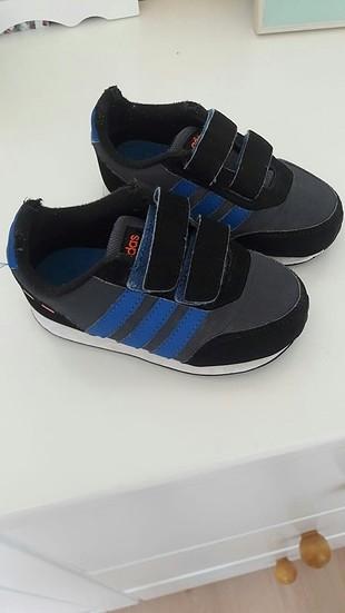 Adidas 23 numara çocuk ayakkabi