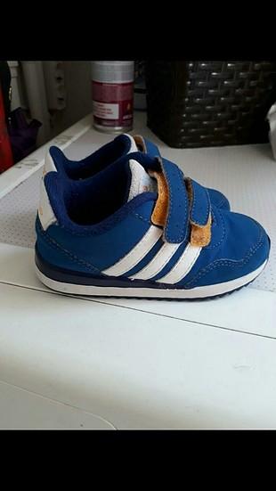 Adidas 23.5-24 numara çocuk ayakkabi