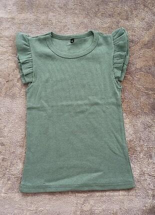 Açık çağla yeşili fırfırlı bluz