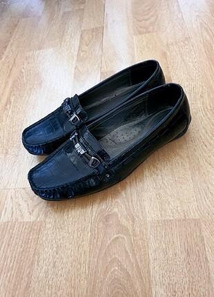 Derimod siyah düz cok rahat ayakkabib