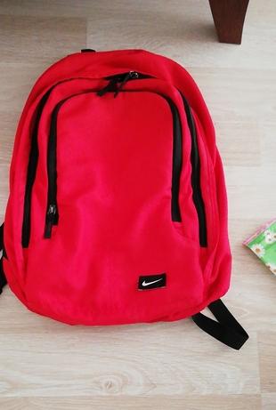 a8b11884e1649 Nike Sırt Çantası Nike Sırt Çantası %67 İndirimli - Gardrops