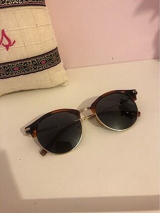 Mustang güneş gözlüğü