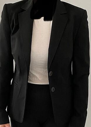 İpekyol siyah ceket