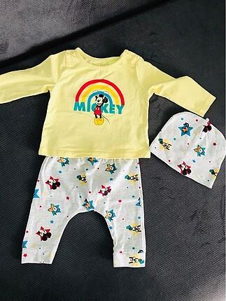 Disney bebek alt üst takım