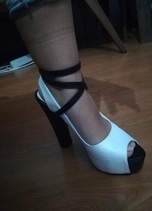 Gusto ayakkabı
