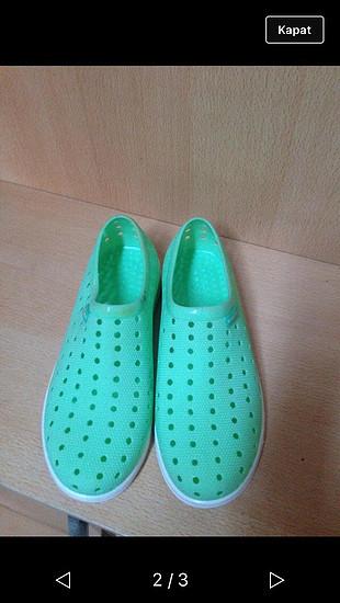 Lastik Deniz ayakkabısı