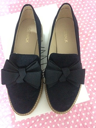 Fiyonklu ayakkabi