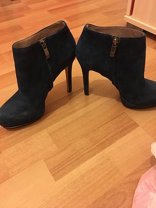 Çok şık topuklu ayakkabı