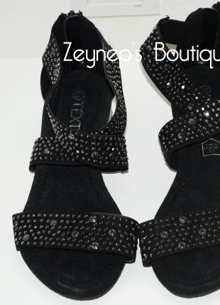Taşlı Siyah Açık Ayakkabı