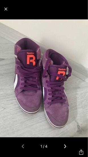 Reebok ayakkabı
