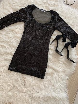 Pullu elbise